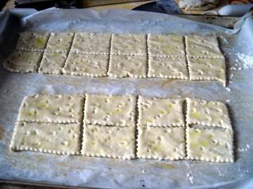 crackers02