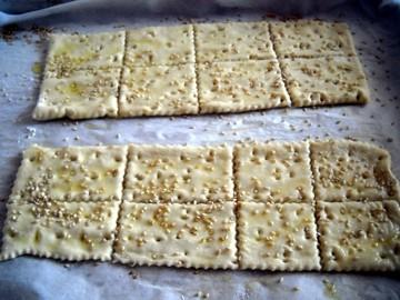 crackers03