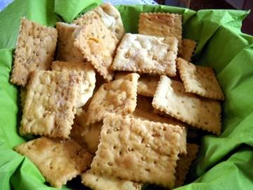 crackers04